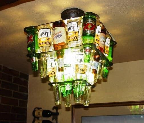 Lustre de bouteille de bière