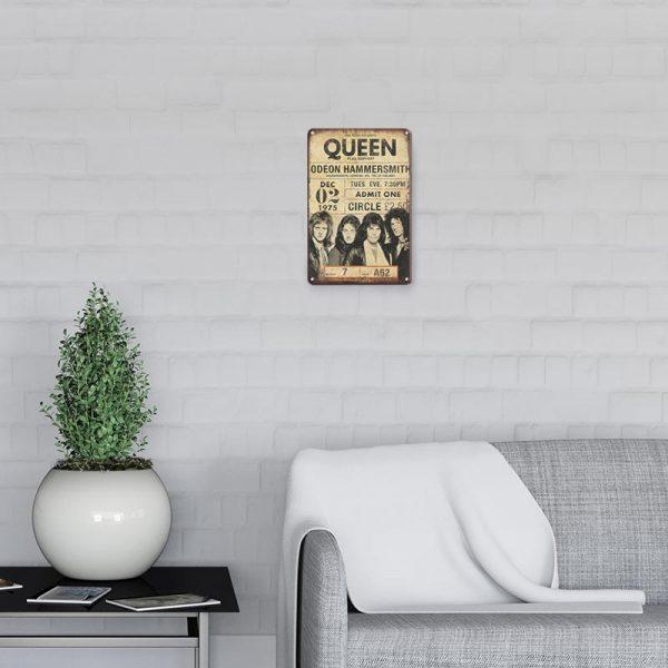 plaque metal vintage queen decors